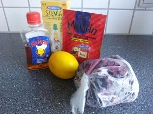 Ingredienser til en syrlig solbærmarmelade